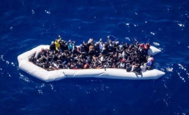 Libya açıklarında 196 düzensiz göçmen yakalandı