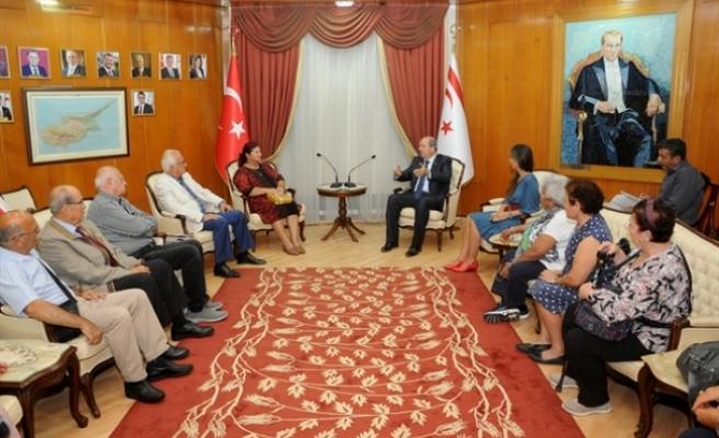 Tatar, Türkiye'den gelen Cumhuriyet Kadınları Derneğini kabul etti