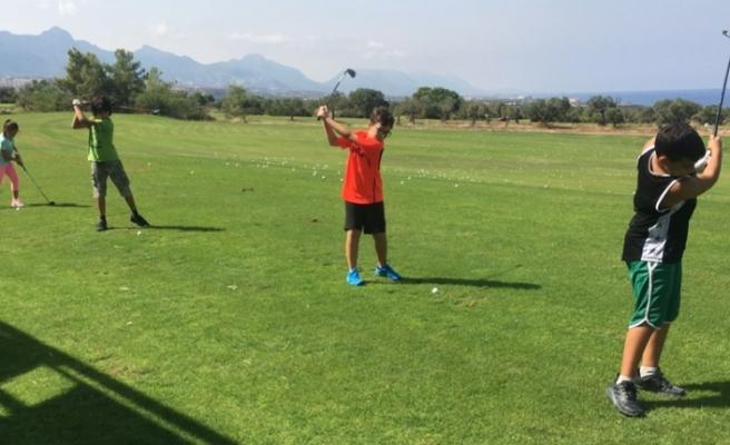 Yeni sezon golf dersleri başladı