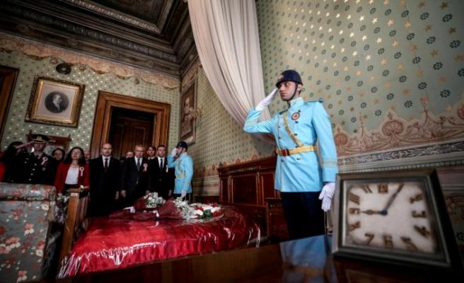 Atatürk, Türkiye'nin dört bir yanında anılıyor