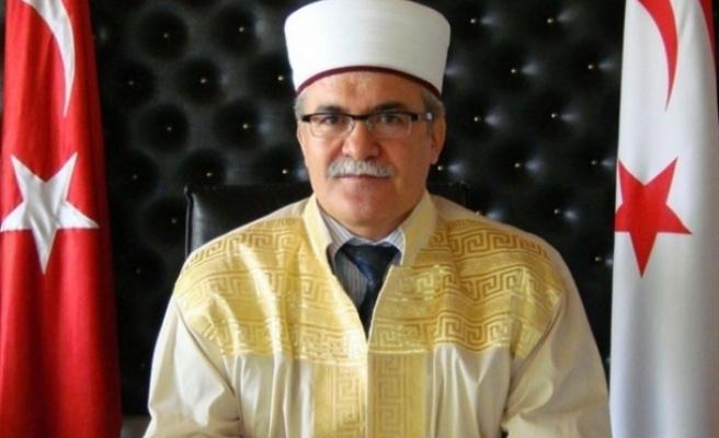 Din İşleri Başkanı Atalay'dan Arnavutluk'taki deprem için taziye mesajı