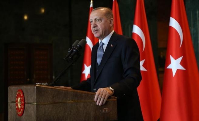 """Erdoğan: """"Kadına yönelik şiddeti el birliğiyle ülkemizden tamamen sileceğiz"""""""