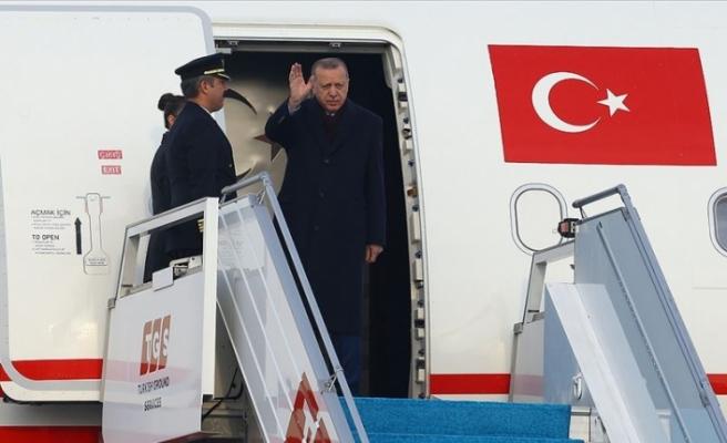 Erdoğan, Katar'a gitti