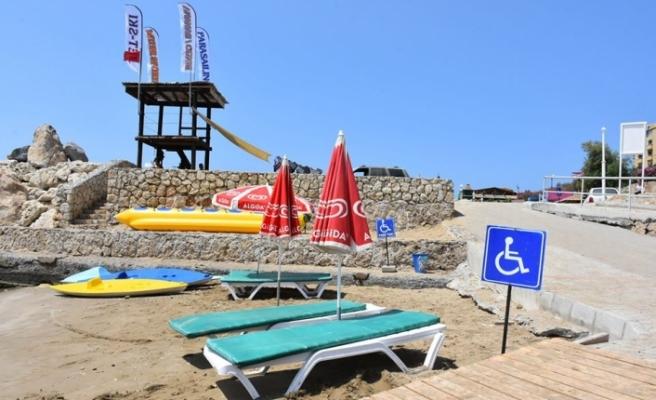 Girne Belediyesi deniz sezonunu kapattı