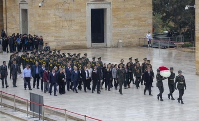 Köprülü, KKTC'nin 36. kuruluş yıl dönümü münasebetiyle Anıtkabir'i ziyaret etti