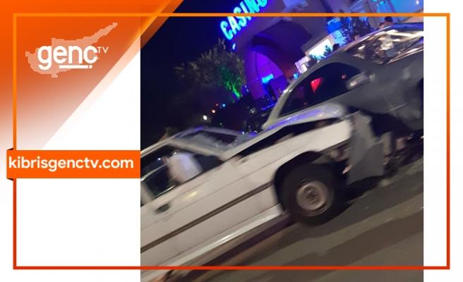 Lefkoşa'da korkutan trafik çarpışması: 2 yaralı