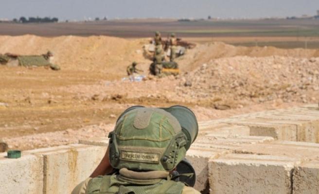 PKK/YPG'li teröristler 24 saatte 8 saldırı yaptı