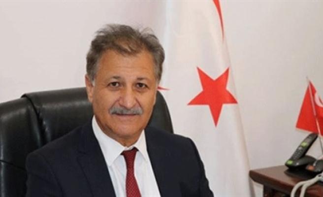 """Sağlık Bakanı Pilli: """"Bülent Ecevit'i saygı ve şükranla anıyorum"""""""