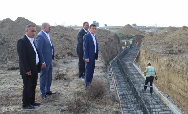 Su taşkınlarına karşı Nergisli- Lakşa Deresi Betonarme Islah Sekisi Projesi