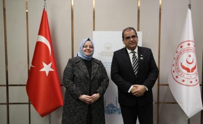 Bakan Sucuoğlu,  mevkiidaşı Selçuk ile görüştü