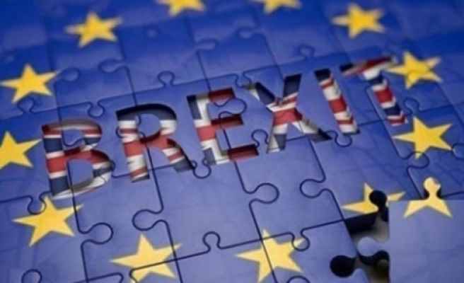 Brexit'e 358 oyla ilk onay geldi