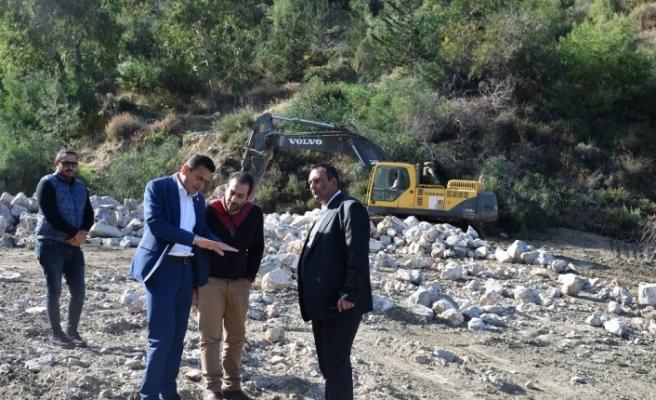 Ciklos-Değirmendere bendinin temizlik çalışmaları yapıldı