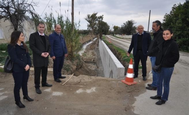 Çukurova köyüne istinat duvarı