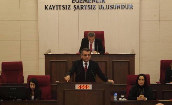 Erhürman, Genel Kurul'un CTP'ye haber verilmeden açıldığını belirterek, bunu eleştirdi