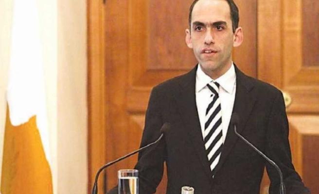 Görevi devredecek Rum Maliye Bakanından açıklama