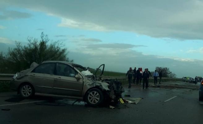 Turunçlu kavşağında kaza...1 kişi hayatını kaybetti