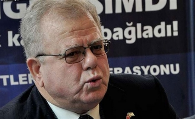 Yunanistan Başbakanı'na eleştiri