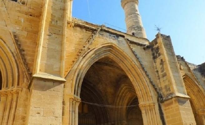 Evkaf Selimiye Camii'sini restore ediyor
