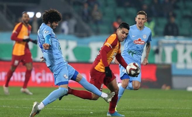 Galatasaray, avantajı aldı