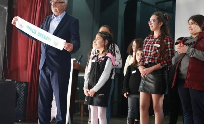 Girne Belediyesi Çocuk Meclisi bugün, başkanını seçti