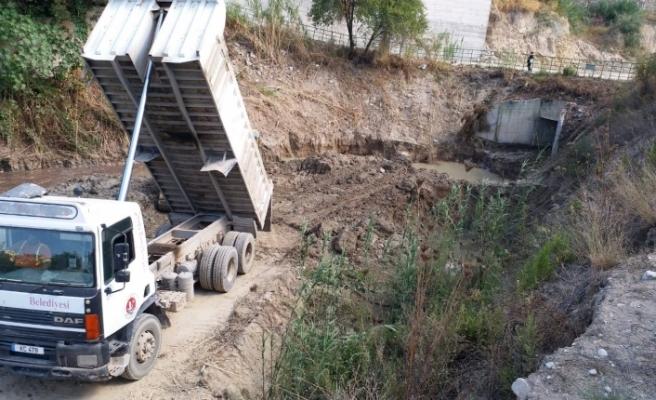 Girne'de su taşkınlarıyla ilgili mücadeleye devam ediliyor