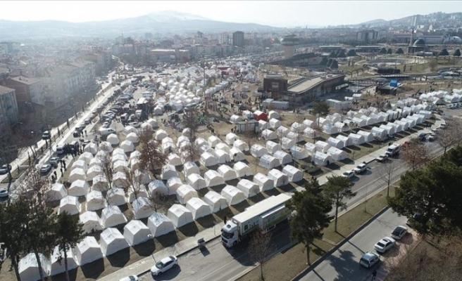 Türkiye'de depremin yaraları sarılıyor