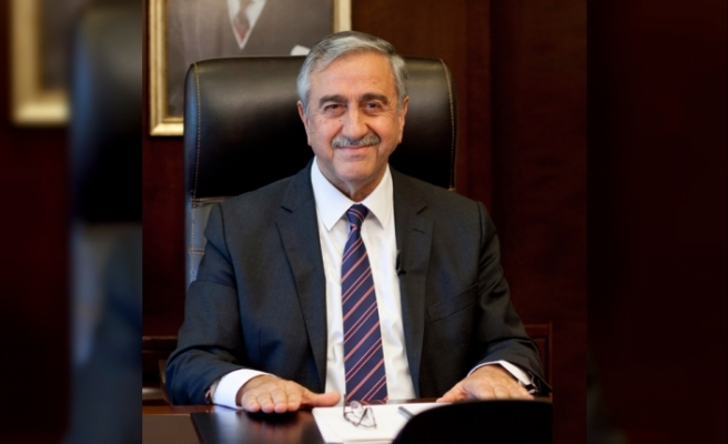 Adaylık kararını 5 Şubat'ta halkla paylaşacak olan Akıncı,seçim süreci için hukuk bürosu kuruyor