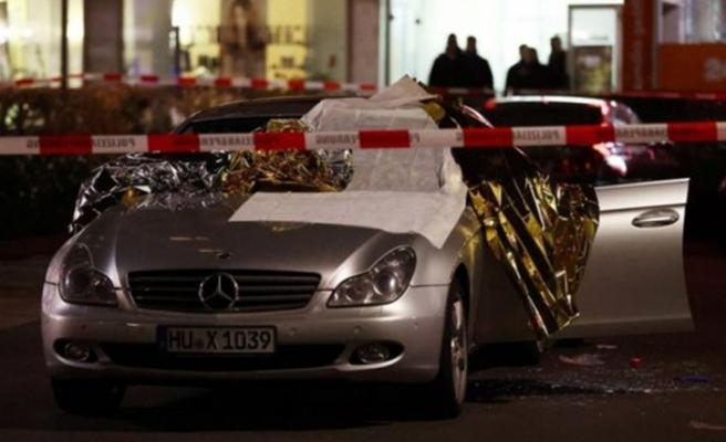 Almanya'da silahlı saldırı: 8 ölü