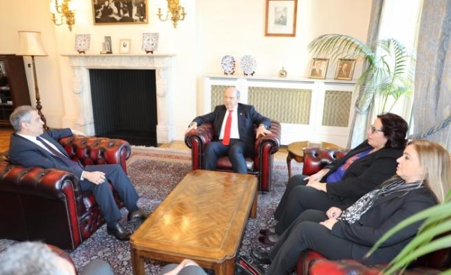 Başbakan Tatar TC Londra Büyükelçisi Yalçın'ı ziyaret etti