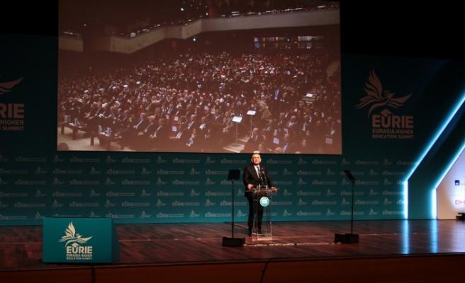 Çavuşoğlu, İstanbul'daki zirvede konuştu