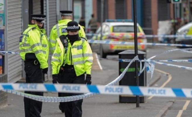 İngiltere'de bıçaklı saldırı