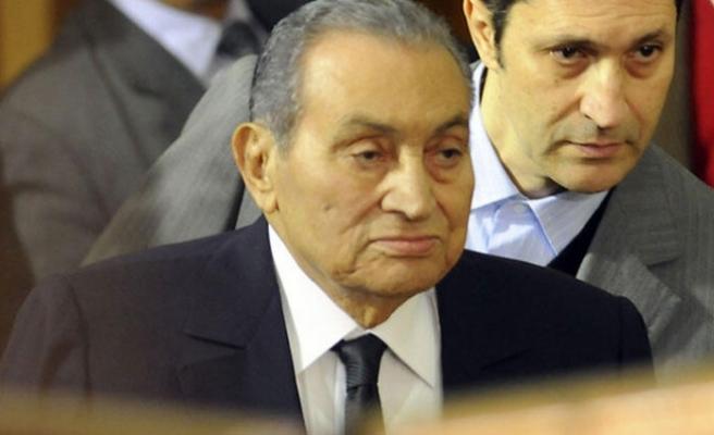 Mısır'ın devrik cumhurbaşkanı Hüsnü Mübarek, 92 yaşında hayatını kaybetti