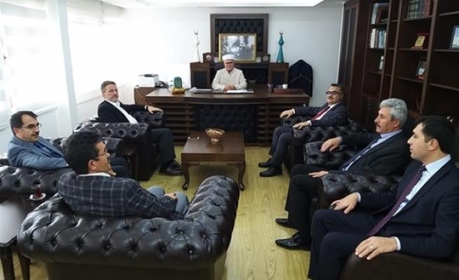 Türkiye Diyanet İşleri Başkanlığı temsilcileri Din İşleri Başkanı Atalay'ı ziyaret etti