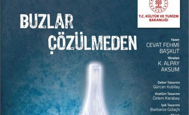 """""""Buzlar Çözülmeden"""" adlı oyun Girne'de bu akşam sahneleniyor"""