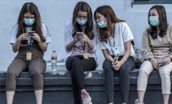 """Dünya Sağlık Örgütü, """"Virüs gençleri etkilemiyor"""" tezini çürüttü: Ölebilirsiniz!"""