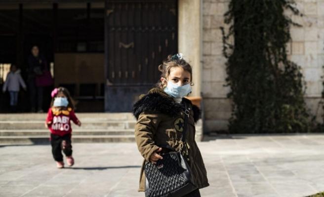 Koronavirüs neden yaşlılara bulaşırken çocukları etkilemiyor?