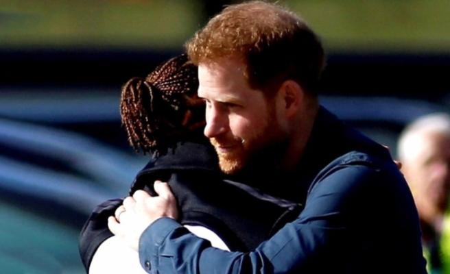 Prens Harry, koronavirüs riski taşıyan F1 pilotu Hamilton ile bir araya geldi