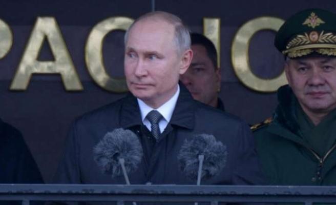 Putin: Rusya'nın kimseyle savaşa girmek gibi bir niyeti yok