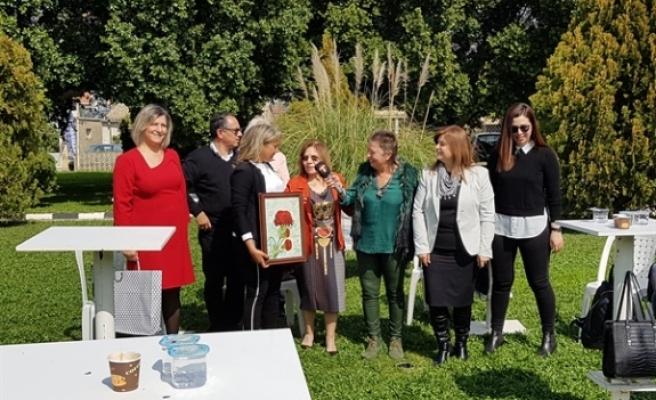 Sendikaların Kadın Örgütleri Dikmen İlkokulu ve Dikmen Belediyesi'nde kadınlarla biraraya geldi