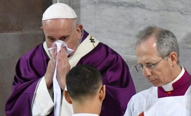 Vatikan, Papa'nın koronavirüse yakalandığı haberleriyle ilgili açıklama yaptı: Hafif bir rahatsızlık
