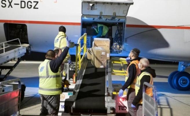 Çin'den tıbbı malzemeler Güney Kıbrıs'a geldi