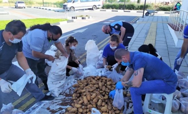 Değirmenlik'te ihtiyaçlı kişilere gıda yardımı