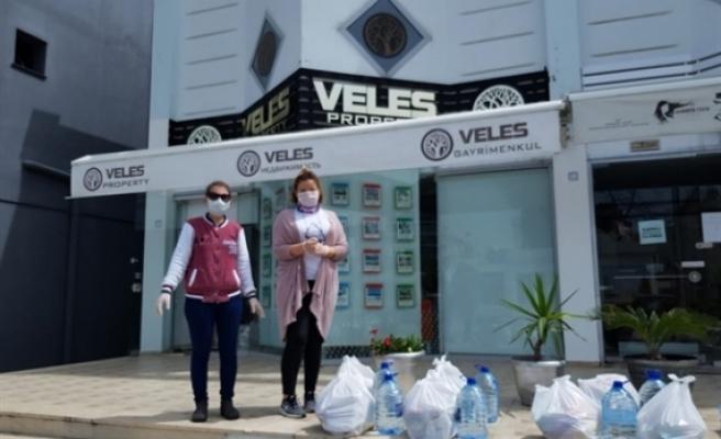 Emlakçılar Birliği,  gıda, maske, eldiven, dezenfektan ve vitamin bağışına başladı