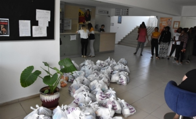 Girne Belediyesi'nden GAÜ yurtlarına yardım paketi