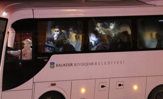 KKTC'den giden öğrenciler, Balıkesir'de yurda yerleştirildi