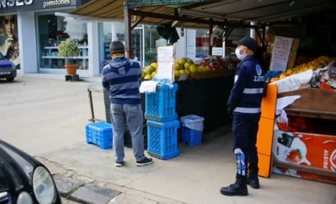 Mağusa'da sıkı tedbirler: Market ve bankalarda polis var