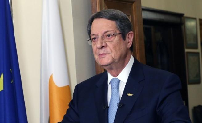Anastasiades, Kıbrıslı Türkler ve müslümanların bayramını kutladı