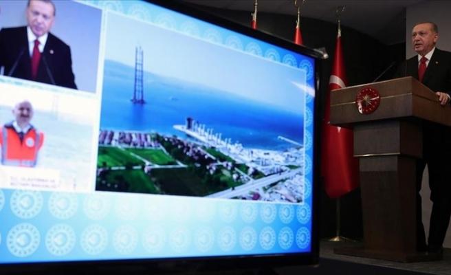 """Erdoğan: """"Çanakkale Boğazı'na köprü inşaatı asırların hayalidir"""""""