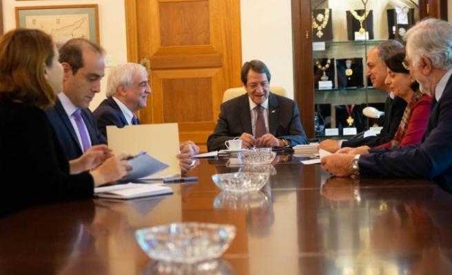Rum Başkanlık Sarayında 2 kritik toplantı
