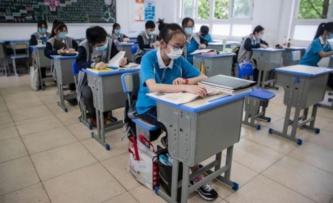 Salgının başladığı Çin'in Vuhan kentinde okullar açıldı